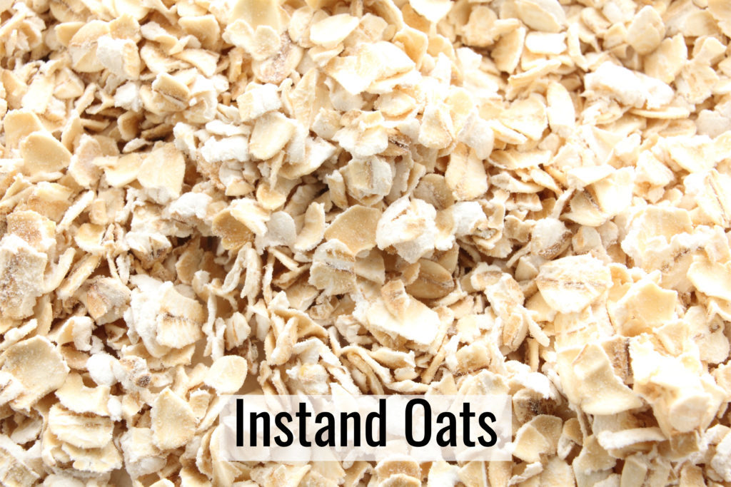 picture of uncooked instant oats to be used to make basic overnight oats.